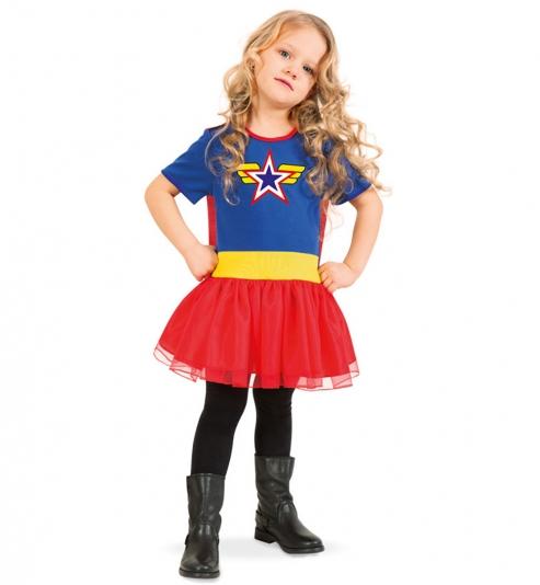 Superheldin Wendy, Kleid mit Schleppe